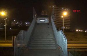 Adana'da akılalmaz olay! Otomobilini yaya üst geçidine bırakıp, kaçtı