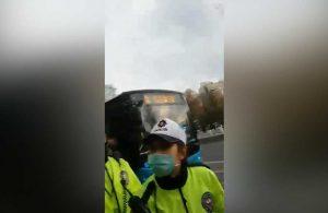 Trafik polisinin yurttaşa tavrı gündem oldu! 'Çekemezsin sen beni. Sil onu!'