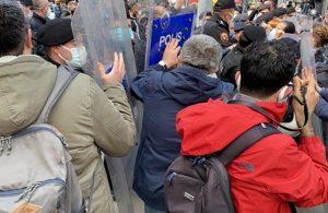 'Ölümleri durdurun' diyen sağlıkçılara polis müdahalesi