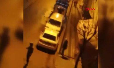 Sokak ortasında kadına şiddeti film izler gibi izlediler!