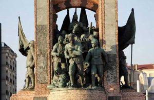 Taksim Cumhuriyet Anıtı'nda bu ayrıntıyı hiç kimse fark edemedi!