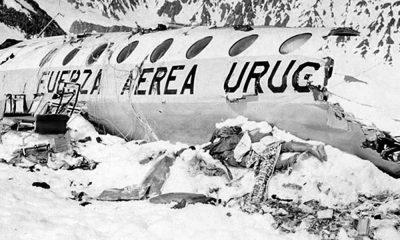 Uçak kazasından sağ çıktı: Arkadaşlarımızın cesetlerini yedik