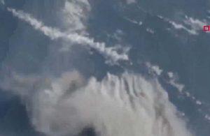 La Soufriere Yanardağı'ndaki patlama uydudan görüntülendi