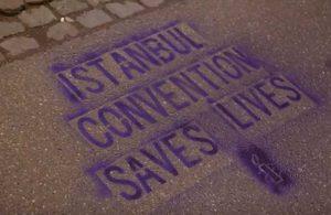 Af Örgütü aktivistleri 'İstanbul Sözleşmesi' için Türkiye Büyükelçiliği önünde