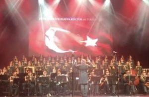 Kızıl Ordu Korosu'ndan İstiklal Marşı ile 19 Mayıs kutlaması