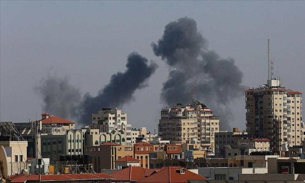İsrail Gazze Şeridi'ni bombaladı: 9'u çocuk 20 Filistinli hayatını kaybetti