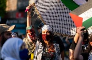 Filistin'e destek veren Bella Hadid'e İsrail'den tepki