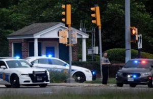CIA binası önünde bir adam FBI tarafından vuruldu