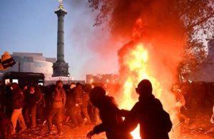 Fransa'da askerlerden ikinci bildiri