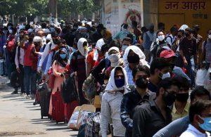 Hindistan'da en yüksek günlük ölüm sayısı kaydedildi