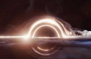 Kara delik yıldızı parçalara ayırdı! İşte o anlar