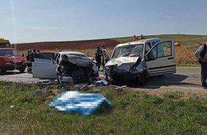 Tokat'ta hafif ticari araç ile otomobil çarpıştı: 4 ölü, 7 yaralı
