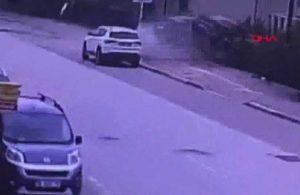 Aracıyla evin bahçesine uçan sürücü hayatını kaybetti! O anlar güvenlik kamerasına yansıdı