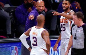 NBA'de sezonun koçu açıklandı