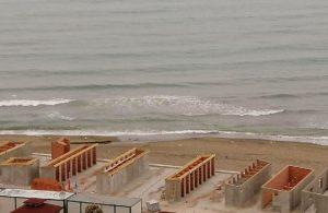 AKP'li belediye sahile beton döktü
