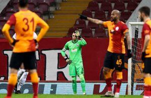 UEFA kupasını Villarreal kazandı, Galatasaray yıkıldı!