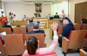 AKP'li ilçe başkanından sonra 5 üye daha istifa etti