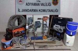 Besni'de izinsiz kazıya 7 gözaltı