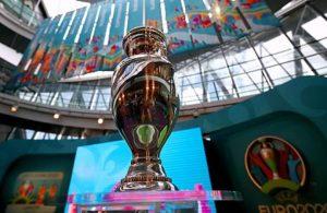 EURO 2020'de ilk koronavirüs vakası