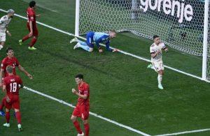 Belçika maçında Christian Eriksen unutulmadı