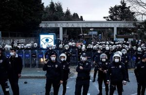 Boğaziçi Üniversitesi'ne bu hafta sonu öğrencilerin girişi yasaklandı