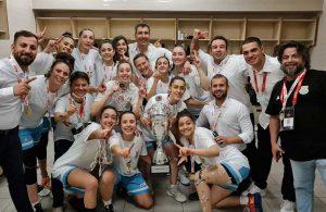 Kadınlar Bölgesel Basketbol Ligi'nin şampiyonu Tarsus Belediyesi
