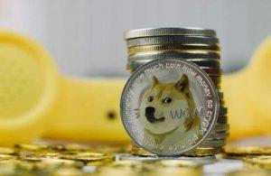 """Önemli isimlerin """"uzak durun"""" dediği Dogecoin yatırımcılarını batırdı"""