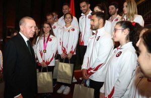 Erdoğan'dan cimnastikçilere: Madalyaları çaldırmayın
