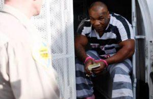 Mike Tyson itiraf etti: Hapis cezasının düşmesi için cinsel ilişkiye girdim