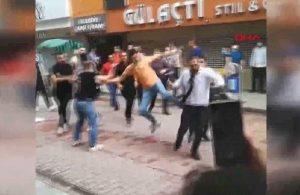 Kuyumcular sokak ortasında birbirine girdi, vatandaşlar korkuyla izledi