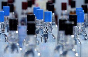 Sahte içki nasıl ayırt edilir? Uzmanından açıklama