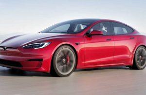 2021 Tesla Model S Plaid alev aldı
