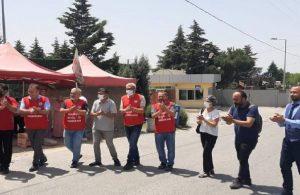 Grevdeki Baldur işçisi, nikah sonrası kutlamayı grev çadırında yaptı