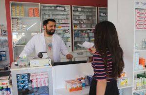 Nazım Hikmet'ten etkilenen eczacı, HPV aşısını ücretsiz yapıyor
