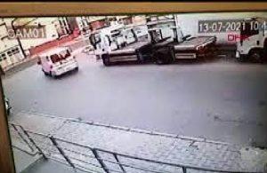Polisten kaçan şüphelilerin aracıyla İETT otobüsü çarpıştı
