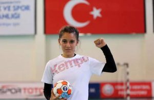13 yaşındaki sporcu Merve Akpınar: Köyümdeki kız çocuklarının kaderini değiştireceğim