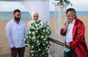Kızının nikahını kıyarken sesi titredi
