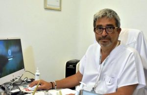 """Prof. Dr. Sakarya """"İş çığrından çıkmış durumda"""" dedi ve işaret etti"""