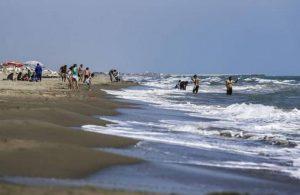 Adana Karataş'ta denize girmek yasaklandı