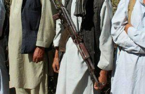 Afganistan'dan mülteci akını sürerken Taliban'dan tehdit