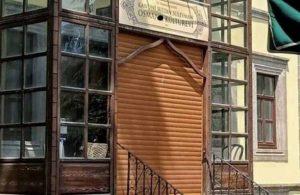 Bir restorasyon felaketi daha: Kanuni'nin doğduğu eve otomatik kapı