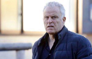 Silahlı saldırıya uğrayan Hollandalı ünlü gazeteci hayatını kaybetti
