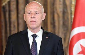 Tunus Cumhurbaşkanı, başbakanı görevden aldı meclisin tüm yetkilerini dondurdu