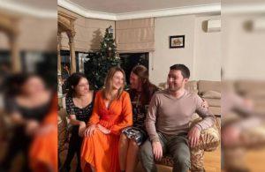 Garipoğlu ailesinin poz verdiği koltukta Münevver Karabulut'un kanı var