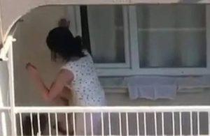 Adana'da köpeğe eziyet: Balkona hapsedip tekmeledi