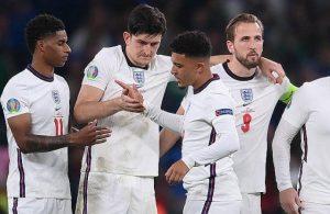İngiltere'de penaltıları kaçıran oyunculara ırkçı saldırı