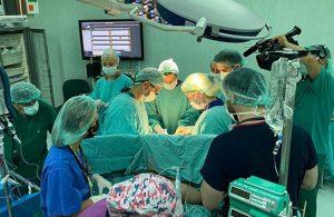 Türkiye'nin kadavradan ikinci rahim nakli operasyonu başladı