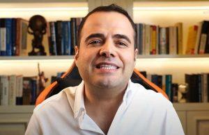 Özgür Demirtaş'tan Tunç Soyer'e tebrik