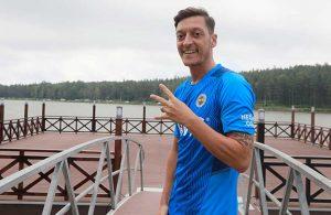 Mesut Özil, Vitor Pereira'nın oyun planını açıkladı