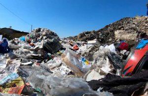 Plastik atık ithalatıyla ilgili karar baskıyla kaldırıldı iddiası